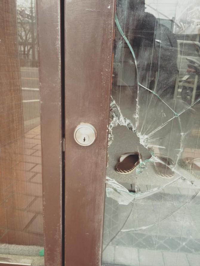 空き巣被害のガラス割れ替え